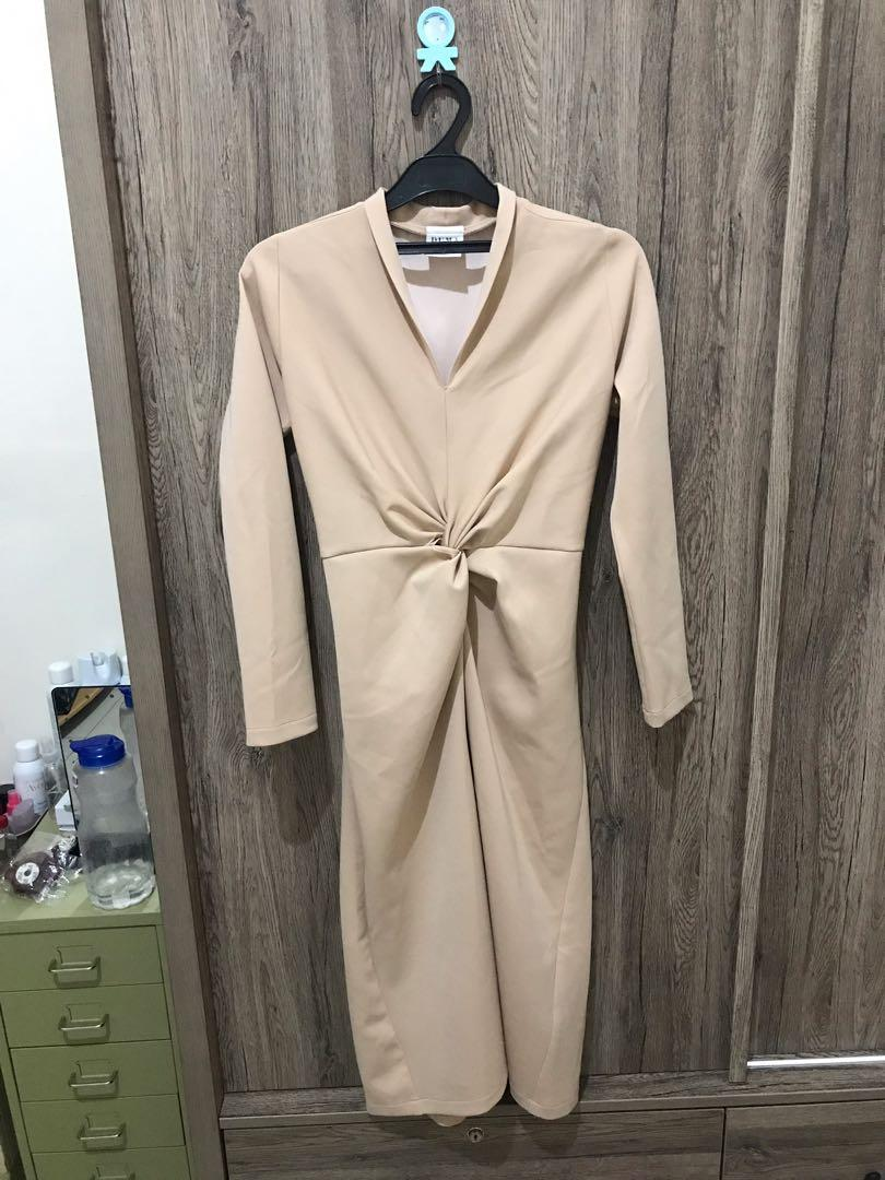 Duma official nude knot dress