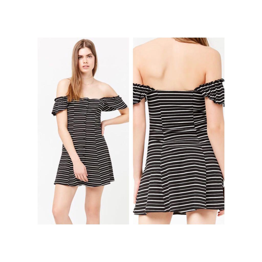 F21 Sexy off shoulder sleeve striped dress