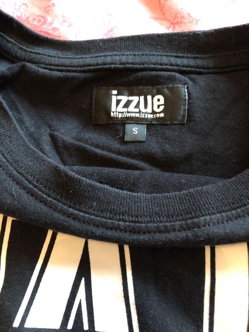 Izzue 黑色短袖 T shirt