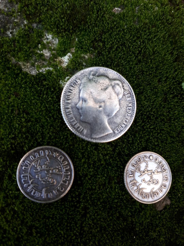 Koin Gulden Kuno (Perak Tulen)