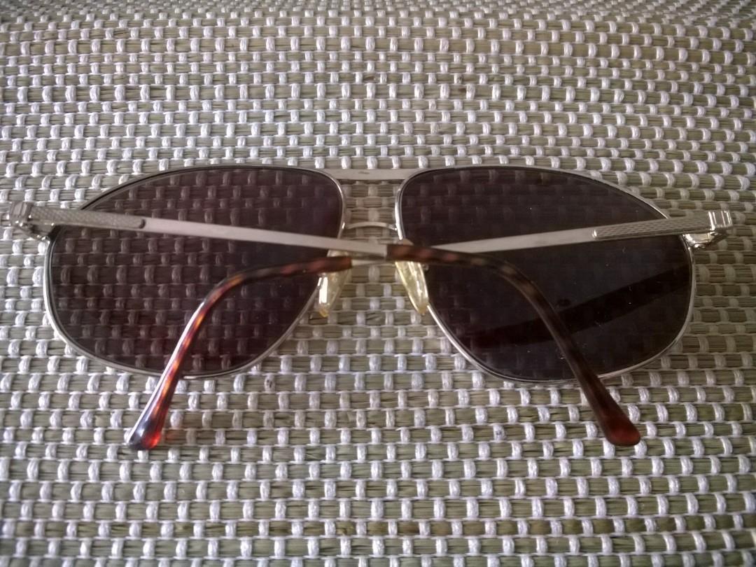 Koleksi Kacamata Vintage: Dunhill