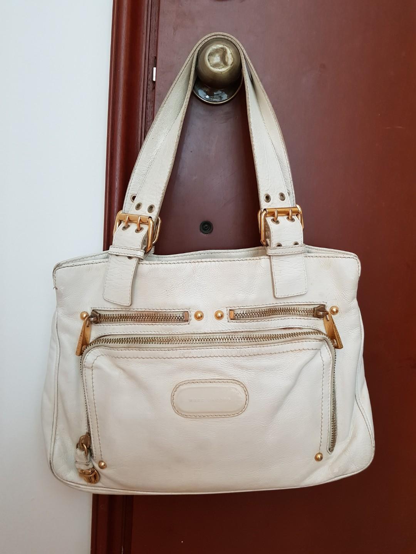 b72eb5e40f7 Marc Jacobs white leather bag, Women's Fashion, Bags & Wallets ...