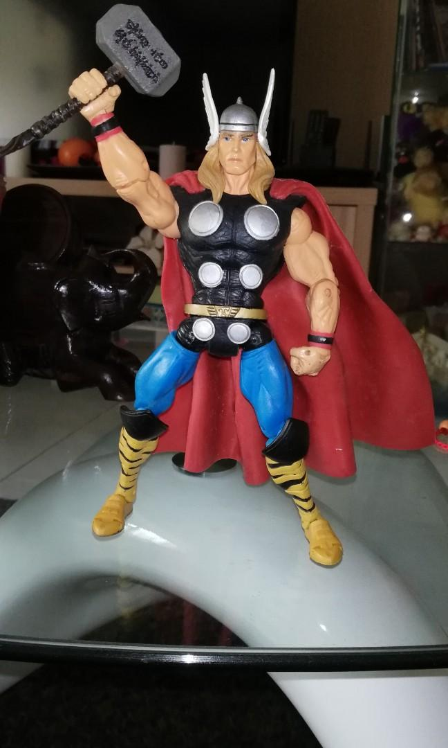 Giant Man Series Action Figure Toy Biz  NEW Marvel Legends Thor