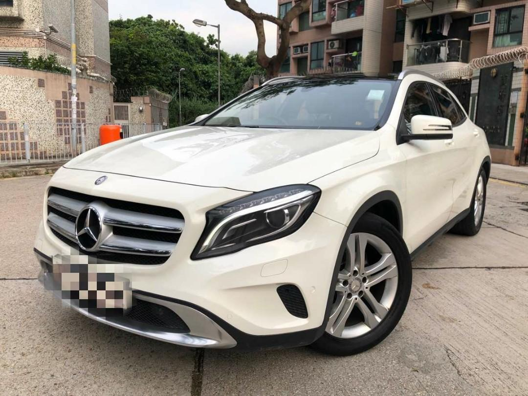 MERCEDES-BENZ GLA200 2015