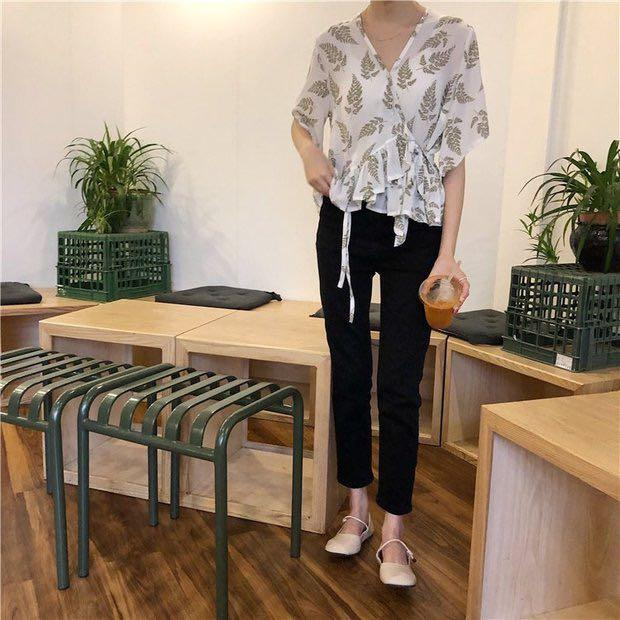 NATALIE LEAF WRAP BLOUSE