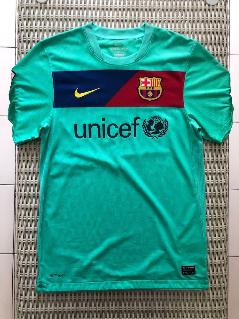 buy online 66844 6c3b4 Nike 💯% Authentic light green Barcelona away jersey for SGD ...
