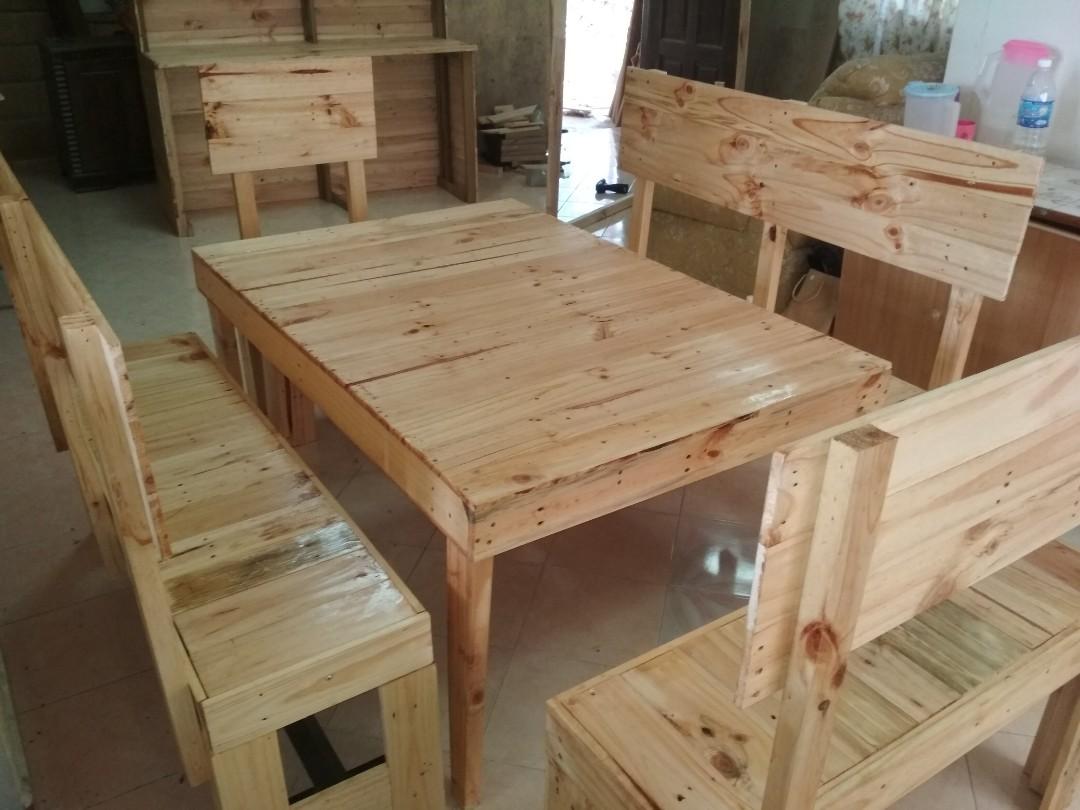 Set Meja Kayu Pallet Home Furniture Furniture On Carousell
