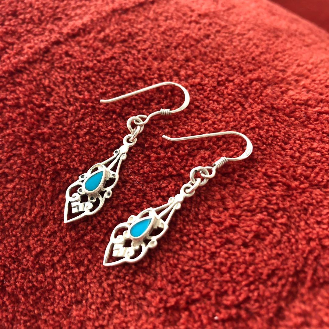Sterling 925 Silver Vintage 1960s Filigree Earrings with Turquoise Stone