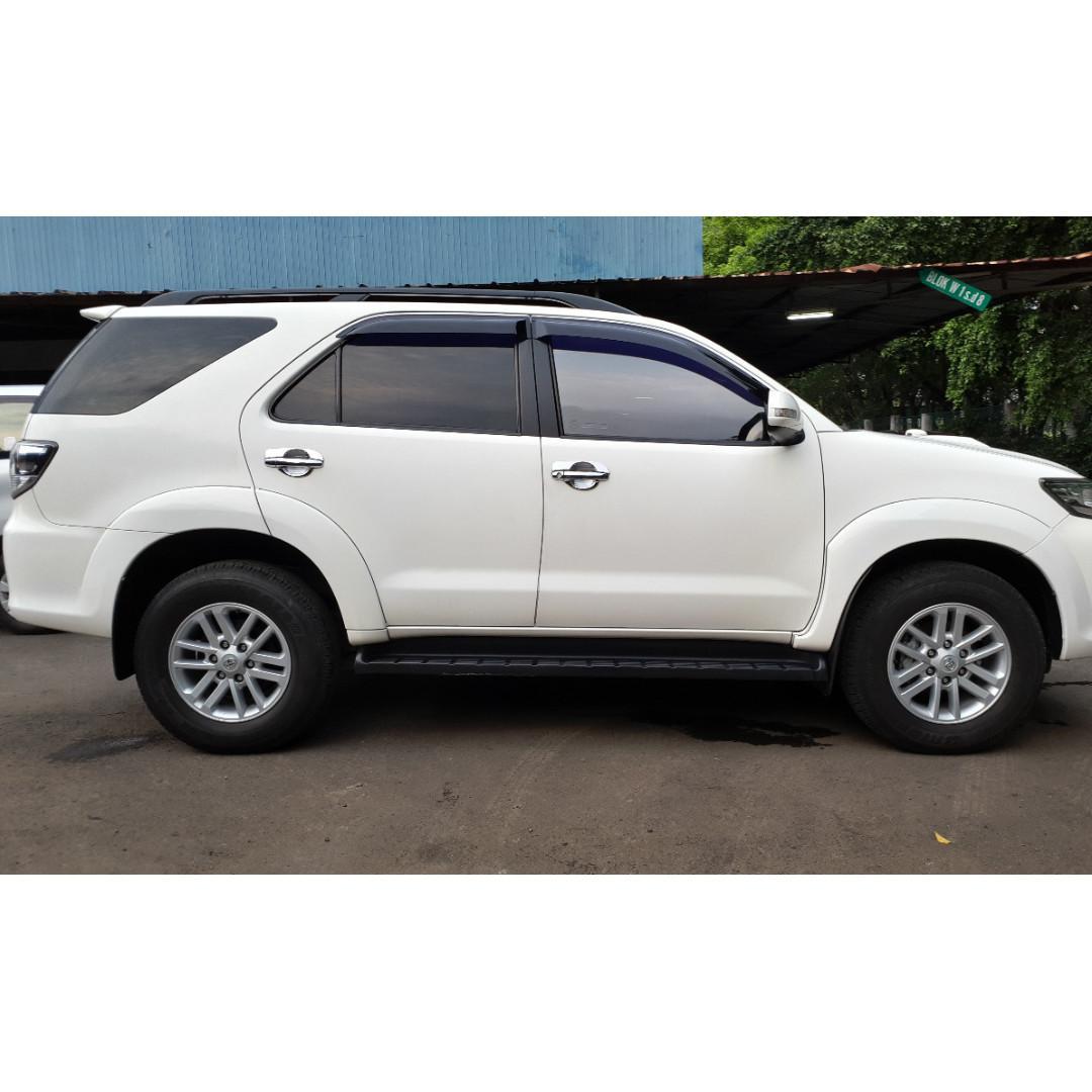 Toyota Fortuner G VNT 2.5 a/t Diesel 2014