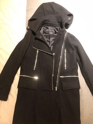 🚚 Zara 黑色長版拉鍊大衣