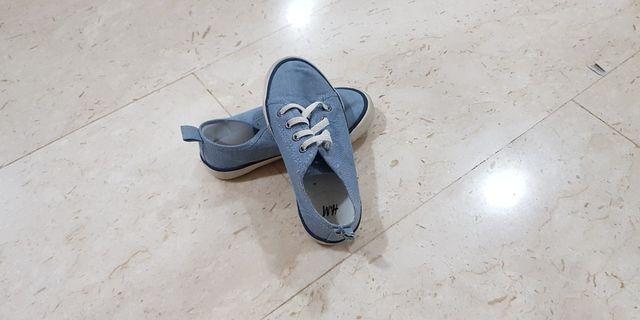 🚚 H&M boy sneaker
