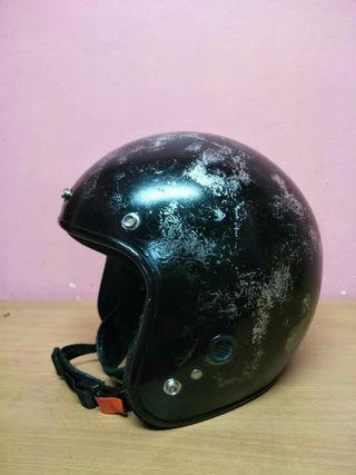 Helmet Cafe Racer