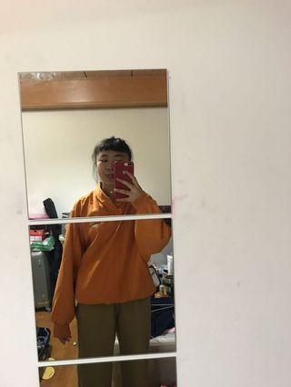 古著橘色風衣
