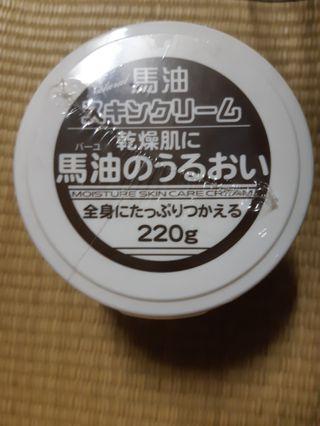 日本Q10馬油護膚霜220g