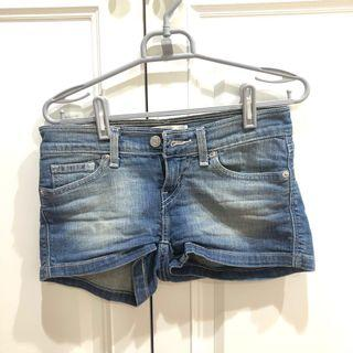 🚚 Levels牛仔短褲