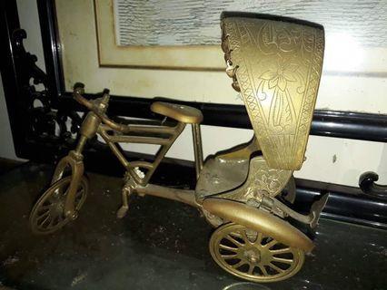 Beca atau basikal tembaga antik