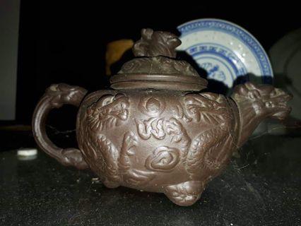 Teko Naga tembikar