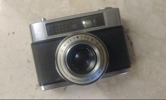 Contina LK kamera analog film jadul 35mm