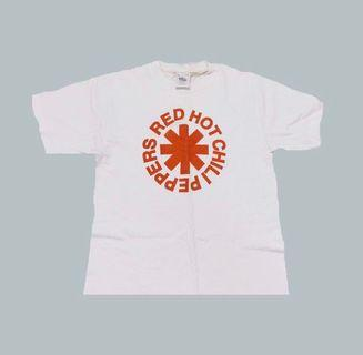 🚚 vintage red hot chili peppers tee