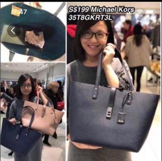 🚚 Michael Kors Tote Bag (Navy Blue)