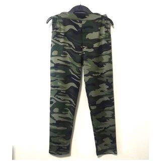 BNIP-Camo Long Pants. Size L/XL. Brand new in packaging