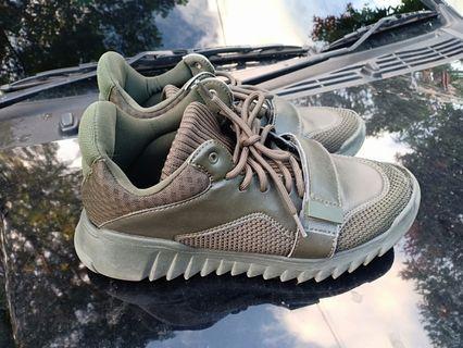 Jual Cepat Sepatu Zara Ukuran 41