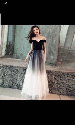 🚚 Evening gown off shoulder
