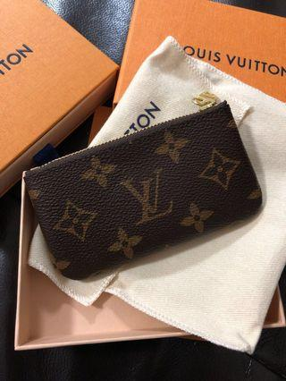 🚚 Authentic brand new LV key pouch