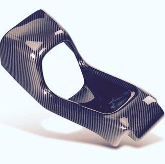 Vezel back centre console carbon fibre! Comes with installation too!