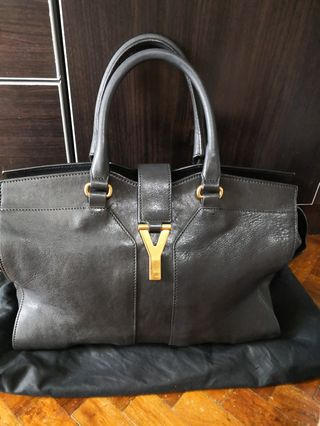 142ab05bf0 ysl cabas | Women's Fashion | Carousell Philippines