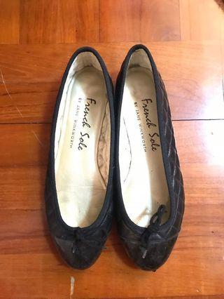 French sole black quilted ballerina flats 芭蕾舞平底鞋