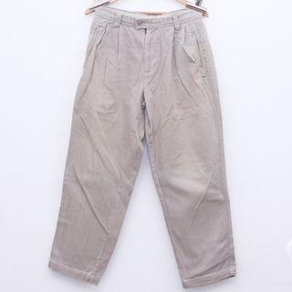Size 29 DOCKERS Pants in Brown
