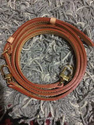 Lv adjustable strap