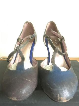 🚚 畫兒瑪麗珍中跟鞋(38號)