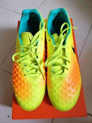 Nike Futsal Shoes Men