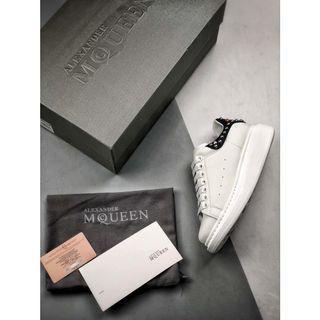 Alexander McQueen's Larry Sneakers Black/White