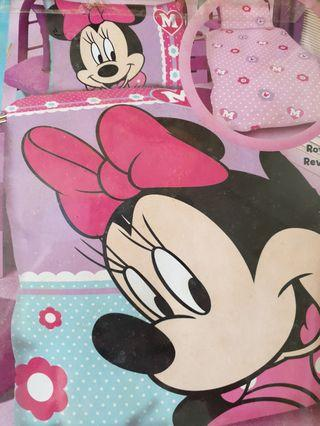 🚚 Minnie mouse single bed sheet