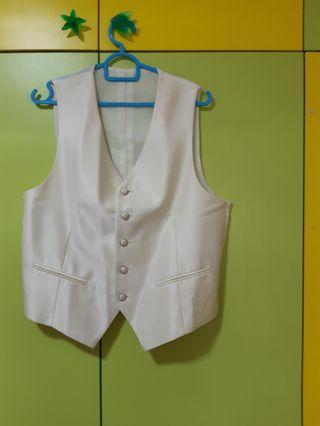 🚚 $15; Tuxedo Vests ×5