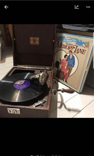 Gramaphone vinyl player lp 古代流聲機 cira 1980