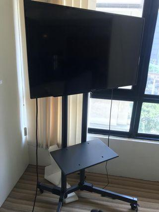 "40"" Full HD LED TV with stand"