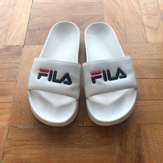 Fila Drifter Sliders in White EUR 38