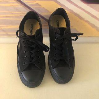Total black low ankle all star- unisex
