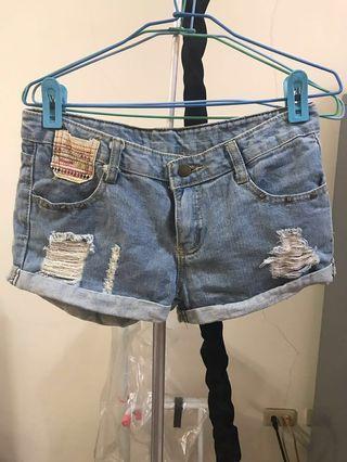 🚚 民族風牛仔短褲 #半價衣服拍賣會