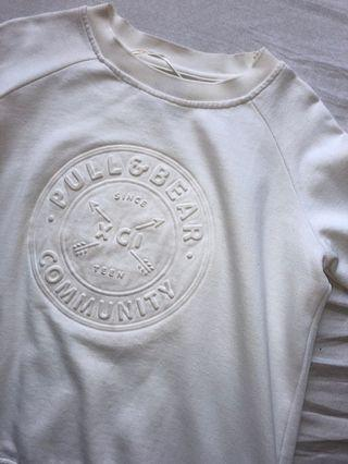 pull and bear white sweater