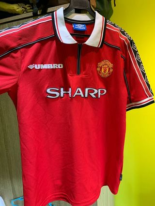bdc983dff Manchester United Jersey Mens Retro home 98 99