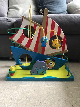 🚚 Wooden Bead Pirate Ship