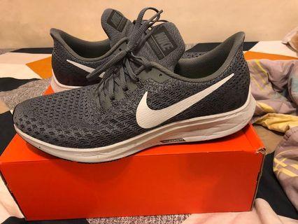 🚚 Nike air zoom Pegasus 35 便宜賣 us 11.5