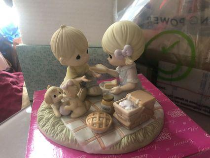 """Precious Moments """"Life's A Picnic With My Honey"""""""