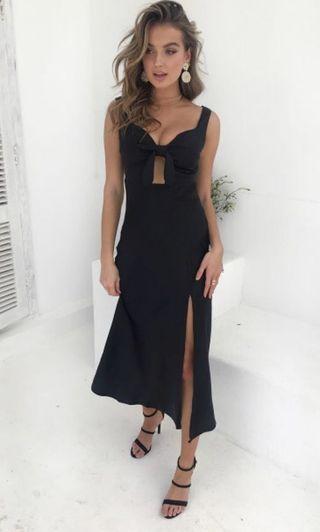 BRAND NEW Chiffon boutique black formal dress