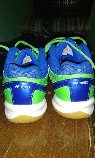 Sepatu Yonex